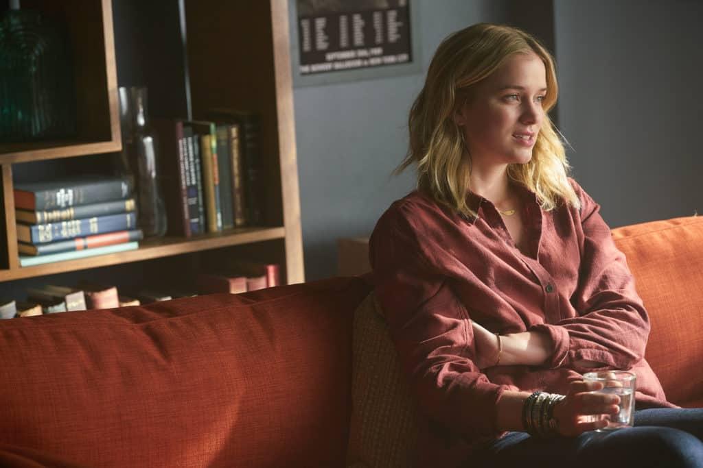 YOU Review: You Got Me, Babe (Season 1 Episode 8) | Tell-Tale TV