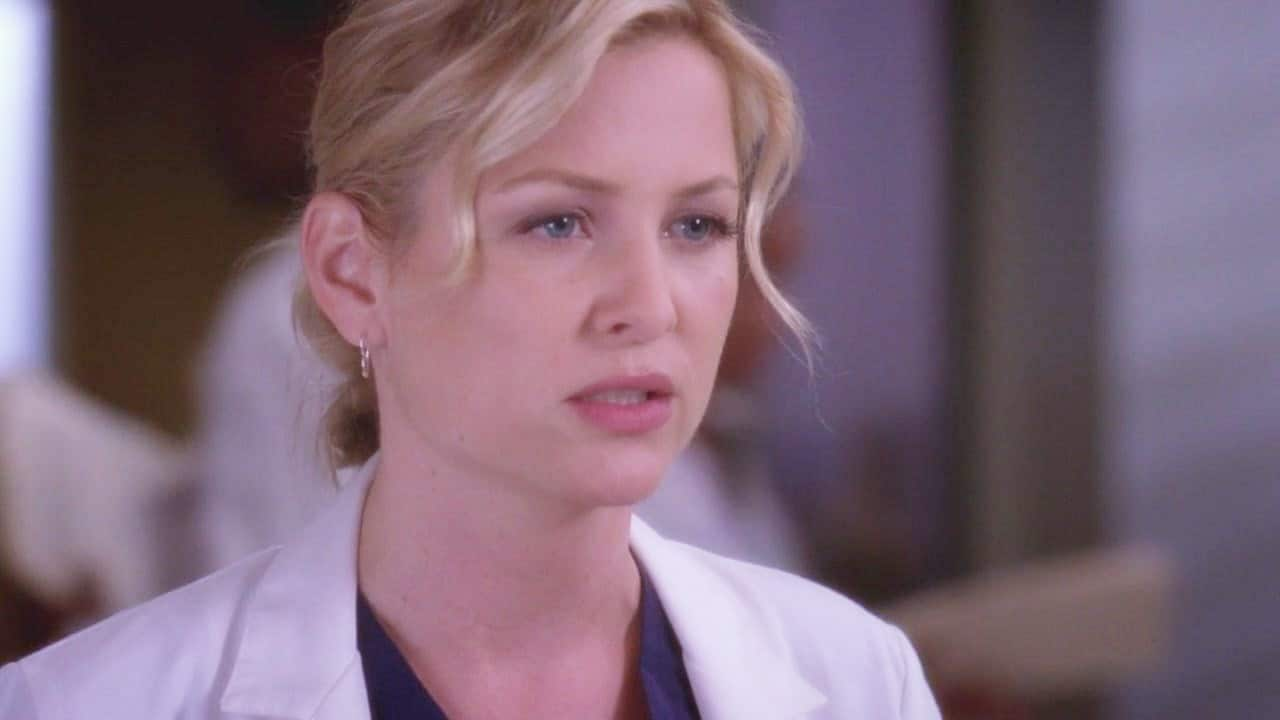 Dr. Arizona Robbins stuck around for seven seasons, as she was given only three episodes arc in Grey's Anatomy.